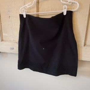 Womens Loft suit skirt 12 p. Black with lattice